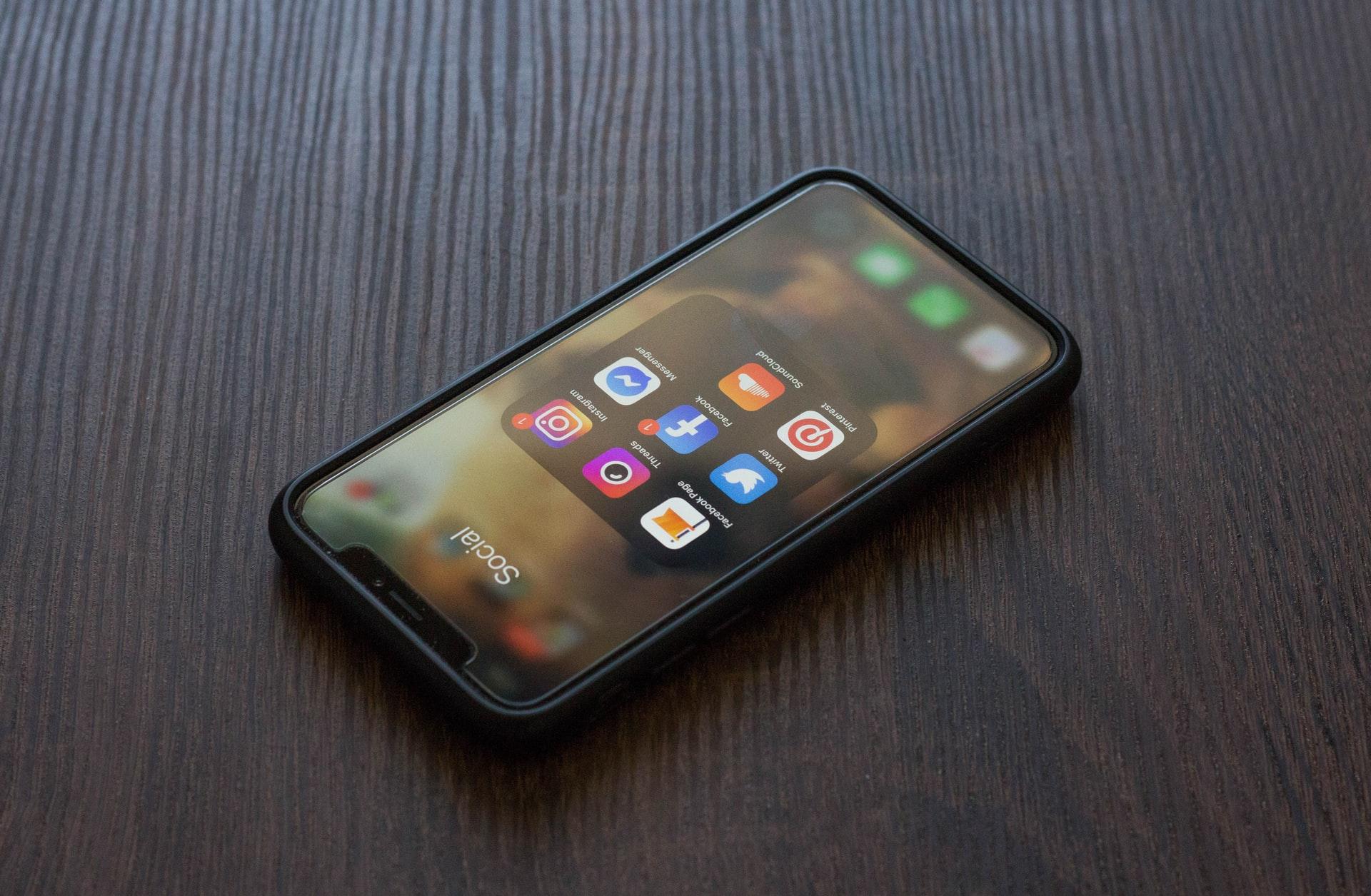Jakie akcesoria GSM – część 1 – Bezpieczeństwo telefonu